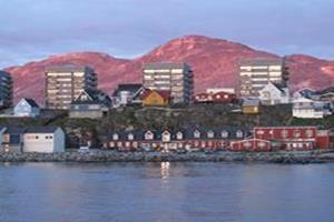 Nuuk red hills